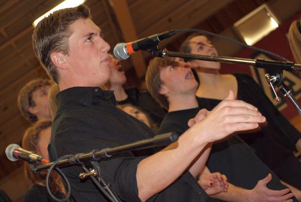 Choir+Assembly+Features+Moraga+Town