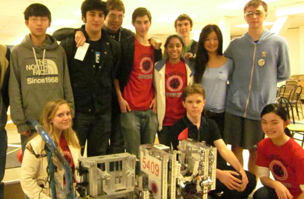 Retooled+Robot+Wrecks+Competition