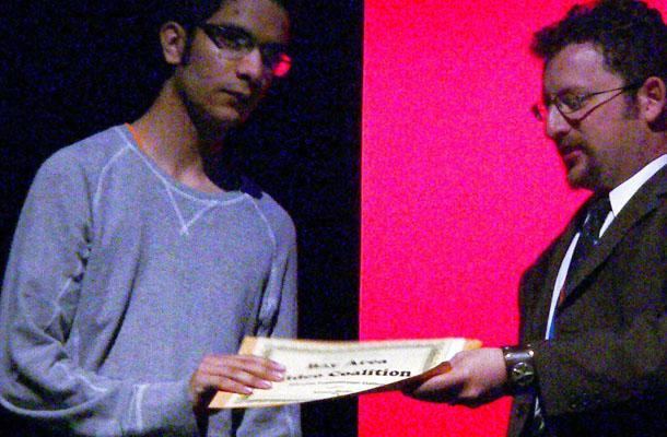 Junior+Vikram+Bhaduri+receives+his+scholarship+at+the+LAUFF+7+film+festival.
