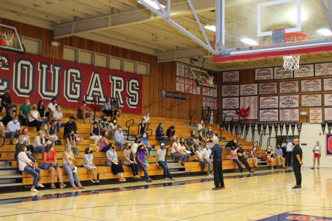 Ms. Adams talks to the parents of the new Campo freshman about PE.