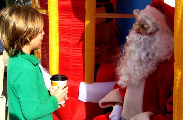 Youth Keep Christmas Spirit Alive