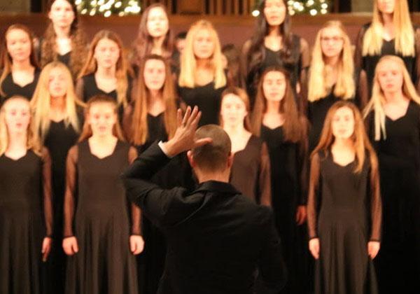 Choir Hosts Annual Winter Performance