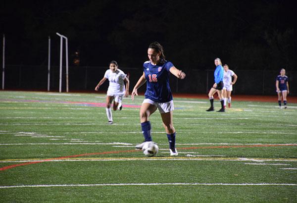 Girls' Soccer Defeats Minutemen