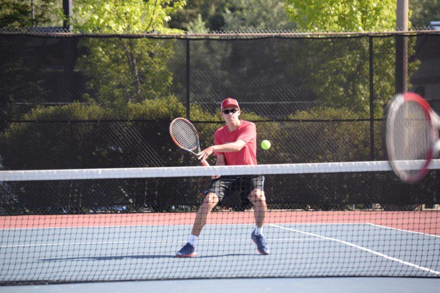 Tennis+Beats+Falcons+to+Clinch+League+Title