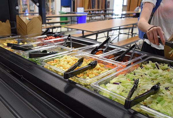Leo Club Funds Cafeteria Salad Bar