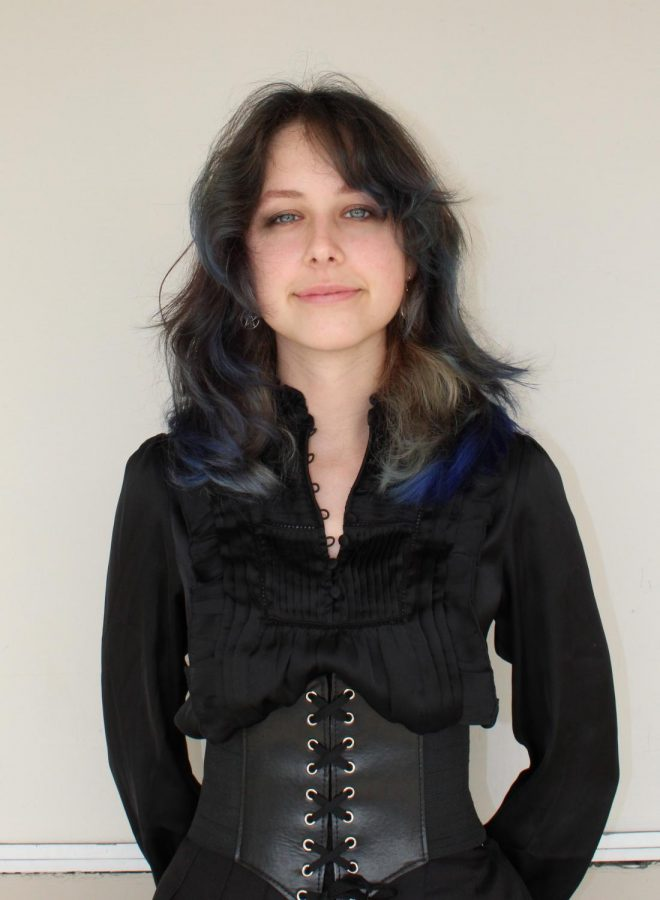 Karina Aza (she/they)